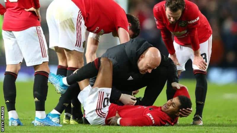 Marcus Rashford: Striker Manchester United Diragukan Untuk Pertandingan Liverpool Setelah Cedera Punggung