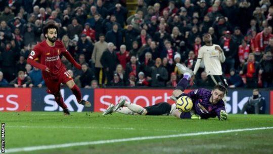 Van Dijk Dan Salah, Mengirim Liverpool 16 Poin Di Atas Dengan Kemenangan Atas Man Utd
