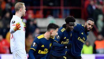 Arsenal Bermain Imbang Dengan Standard Liege Untuk Mencapai KO Liga Europa Sebagai Pemenang Grup